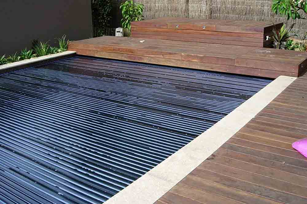solar-pool-heating-blanket_1_low-res