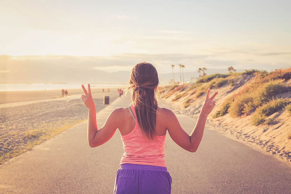 walk-people-diet-exercise-fit-low-res